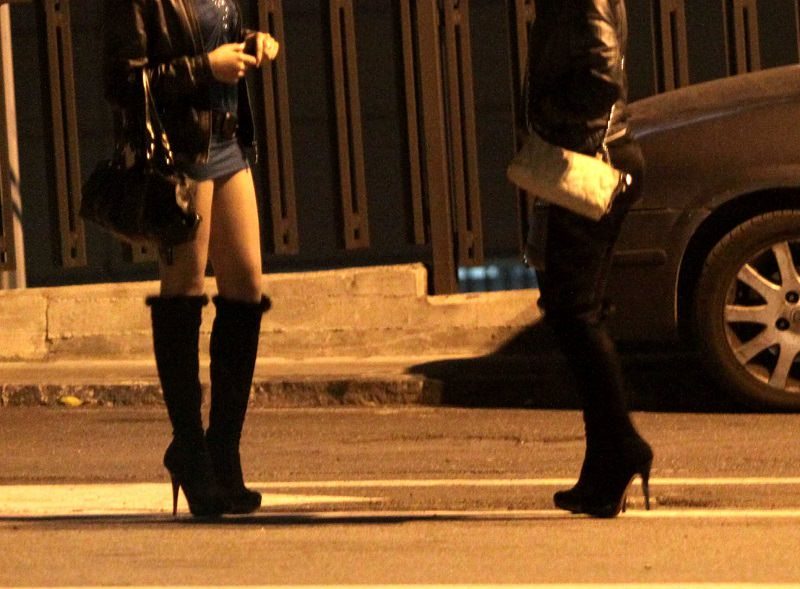 Prostitutes Al Khawr